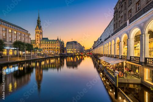Leinwandbild Motiv Rathaus von Hamburg, Deutschland