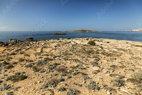Küstenlandschaft am Platja d'es Dolç, , Colònia de Sant Jordi, Ses Salines, Balearen, Spanien