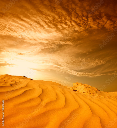 Deurstickers Oranje eclat Sunset over the Sahara Desert