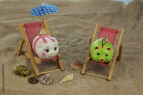deck chair with piggy bank and euro
