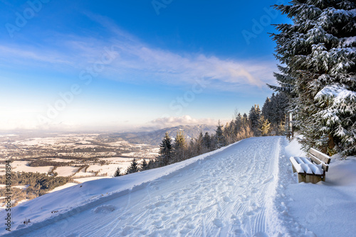 Schneelandschaft Bayern