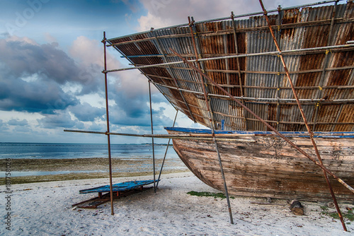 Keuken foto achterwand Schip Repair and restoration of old wooden boat at Maafushi island,Maldives