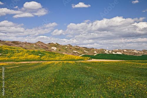 Papiers peints Toscane Asciano, Siena, Tuscany, Italy: landscape of the Crete Senesi hills