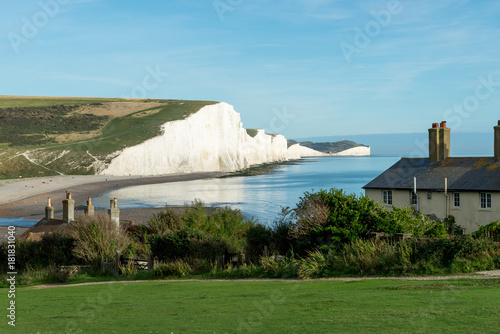 Poster The Coast Guard Cottages & Seven Sisters Chalk Cliffs just outside Eastbourne, S