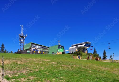 Schüsselberg Seilbahn im Riesengebirge - Medvedin ropeway in Giant  Mountains Poster