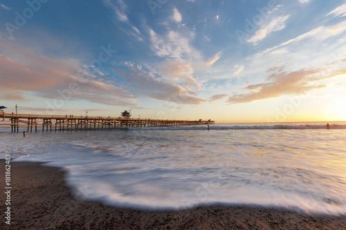 Foto op Canvas Zee zonsondergang Sunset Huntington Beach
