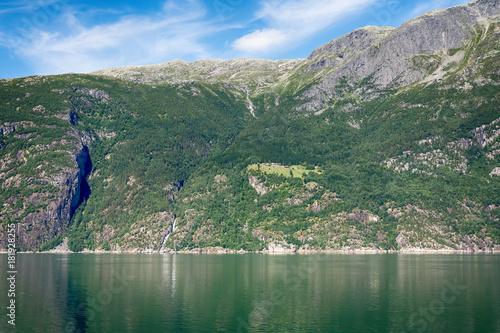 Fotobehang Khaki Eidfjord in Norway