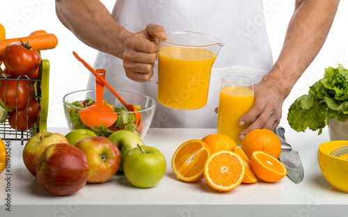 Poster Sap man cook, cooking freshly squeezed juice, on whie background,