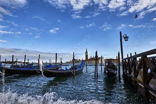 Foto op Canvas Venetie Gondole davanti a Riva degli Schiavoni