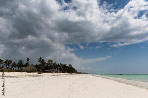 Fotobehang Zanzibar Strand auf Sansibar