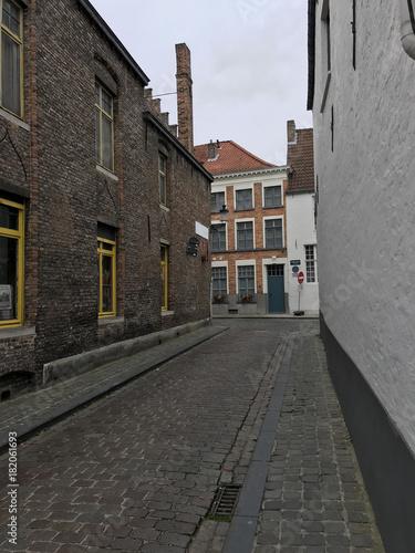 Plexiglas Smalle straatjes Bruges