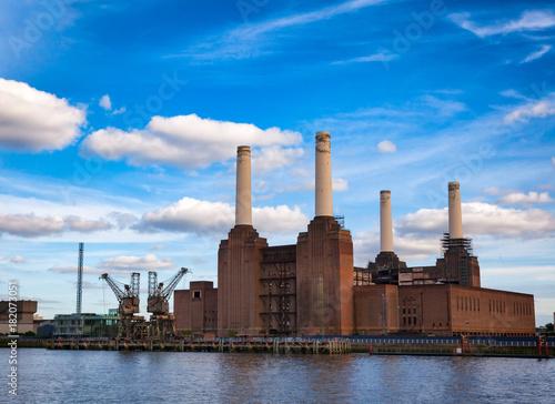 Staande foto Londen Abandonded Battersea Power Station in South West London England in 2013