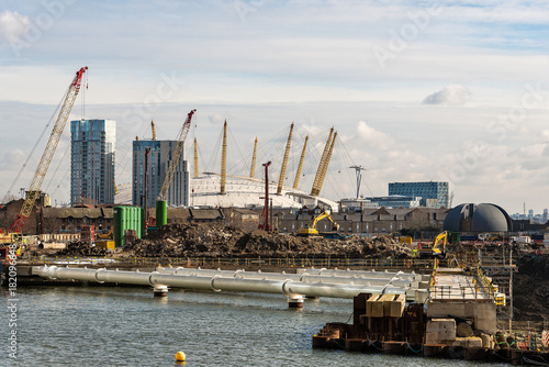 Staande foto Londen The O2 Arena from Canary Wharf in London, UK