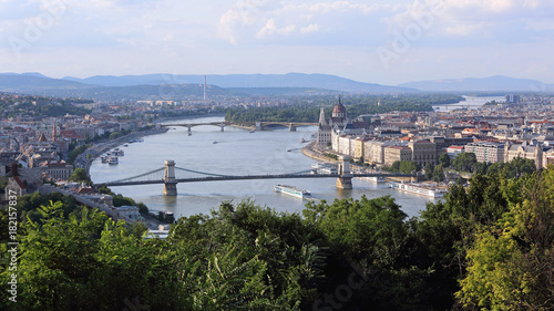 Tuinposter Boedapest Danube Budapest Cityscape