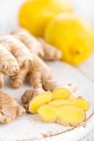 Ginger and lemons - 182193025