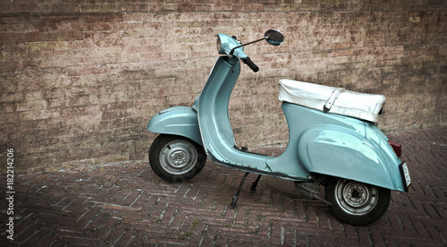 Foto op Canvas Scooter Tourqoise Vespa, Italy, Brick wall