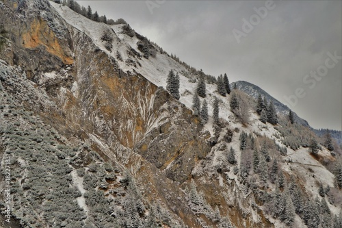 Aluminium Donkergrijs Berglandschaft im Winter