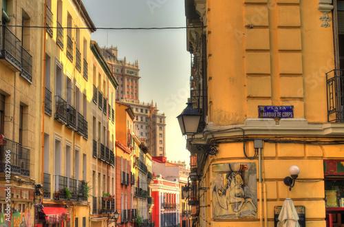 Plexiglas Smalle straatjes Madrid, Spain