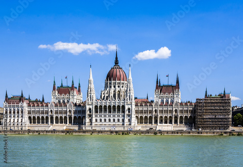 Poster Oost Europa famous Hungarian parliament in Budapest