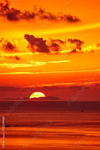 In de dag Oranje eclat 御輿来海岸から望む有明海の夕焼け