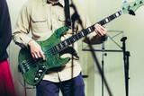 ベースギター - 182361024