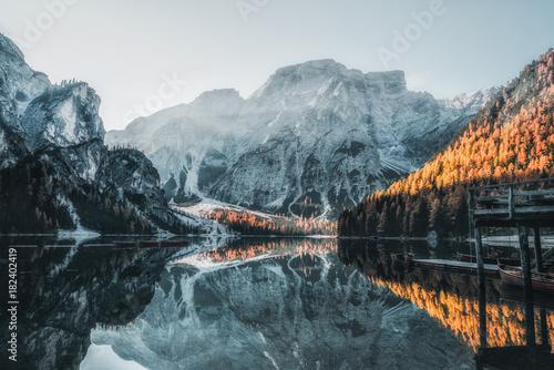 Fototapeta Boats on the Braies Lake ( Pragser Wildsee ) in Dolomites mountains, Sudtirol, Italy