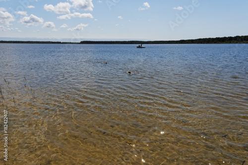 Foto op Aluminium Blauwe hemel paysage lac