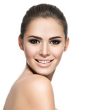 Beautiful face of smiling  woman with clean fresh skin - 182479083