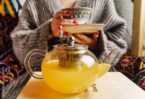 Papiers peints The seabuckthorn tea in the teapot