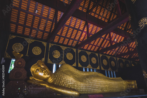 Foto op Canvas Boeddha Sleeping Buddha, at Wat Chedi Luang, in Chiang Mai, Thailand