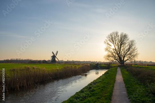 Foto op Canvas Zwart Noorddijk, Groningen