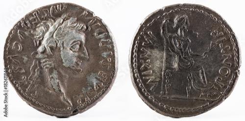 Antyczny Romański srebny denar moneta cesarz Tiberius.
