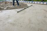 pouring concrete slab - 182612023