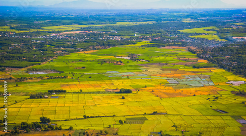 Foto op Canvas Honing Aerial view of Minh Dam mountain in Ba Ria province, vietnam
