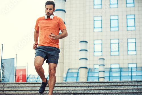 Tuinposter Jogging Man is exercising