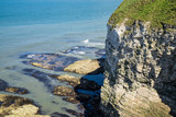 Flamborough, Yorkshire, UK. Chalk sea cliffs to the north of Flamborough Head. - 182718494