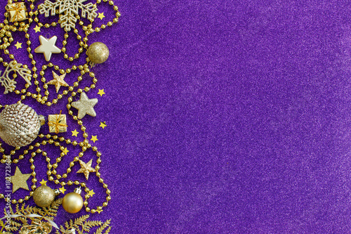 Purple and golden festive christmas decorations - 182723684