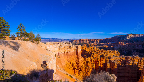 Deurstickers Donkerblauw Wonderful Scenery at Bryce Canyon National Park in Utah