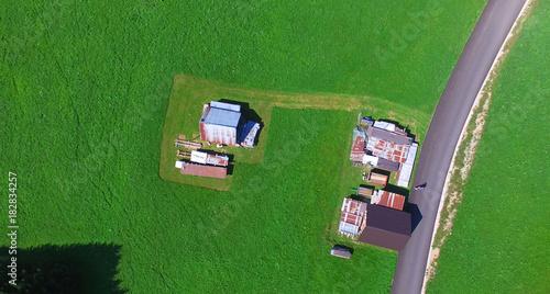 Foto op Plexiglas Groene Overhead aerial view of mountain meadow