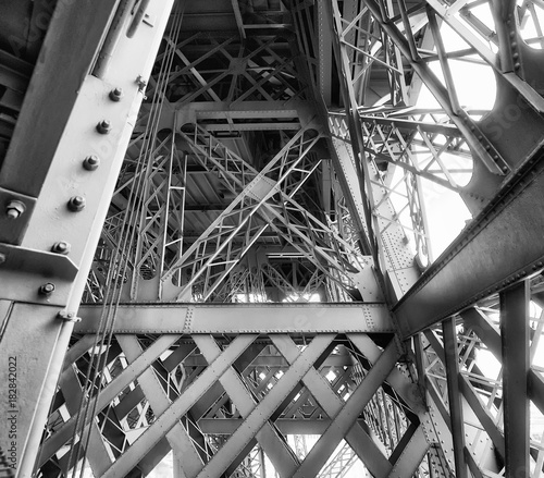 Keuken foto achterwand Eiffeltoren Internal metallic structure of Eiffel Tower in Paris - France