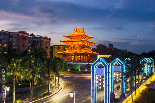 Plexiglas Guilin Guilin, China, Xiaoyao Tower view at blue hour