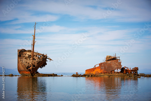 Papiers peints Navire An old abandoned shipwreck. Nabq, Egypt.