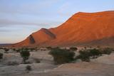 coucher de soleil sur l'anti-atlas au Maroc - 182976498