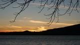 Panorama del lago di pusiano - 183038453