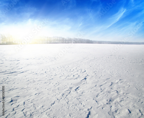 Keuken foto achterwand Blauwe hemel Snowcovered fields on blue sky