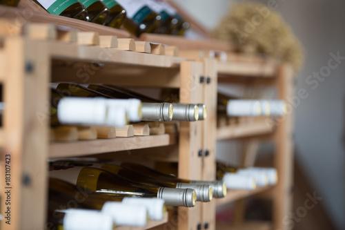 Plexiglas Wijngaard wine racks