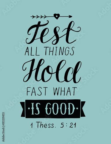 napis-na-rece-testuj-wszystko-trzymaj-sie-szybko-tego-co-jest-dobre