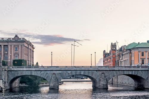 In de dag Stockholm palace bridge in stockholm