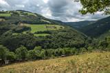 Paysage de l' Aveyron , vallée du Lot , France - 183304064