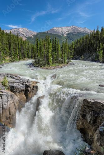 Aluminium Canada Sunwapta Falls. an island in Jasper National Park, Canada.